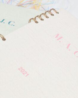 Agenda iniciales rosa
